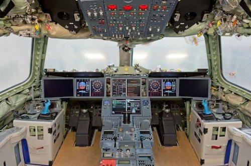 A350_XWB_MSN1_flight-deck-93c72